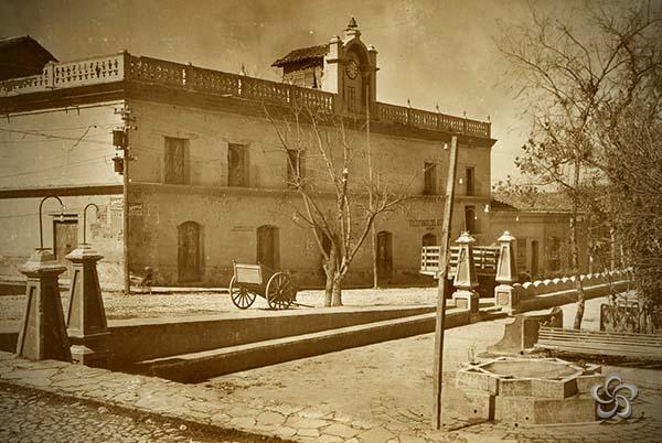 Antiguo aspecto de la Presidencia Municipal