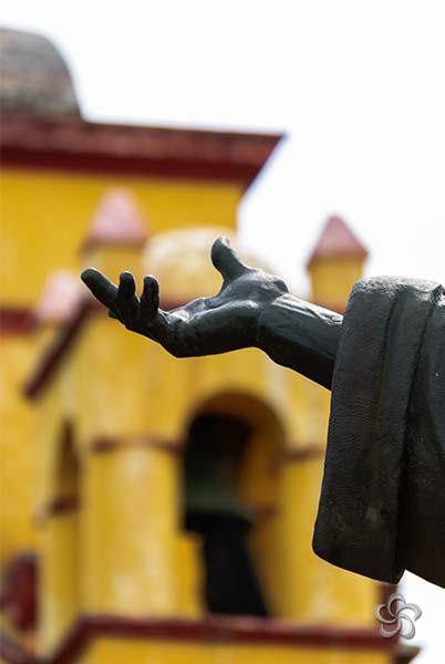 mano e iglesia